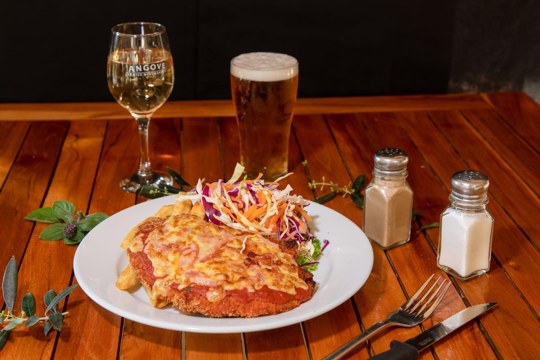 Amazing chicken parmigiana - Bago Tavern